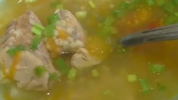 Рыбный суп из консервов горбуши с картофелем и пшеном